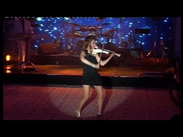 Moment ''VIOARA'' - MEDLEY FOLCLOR - Calin Geambasu Band (concert privat)