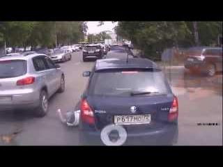 Смотреть всем.Подборка сбитых пешеходов.Сборник ДТП на зебре.2015 январь