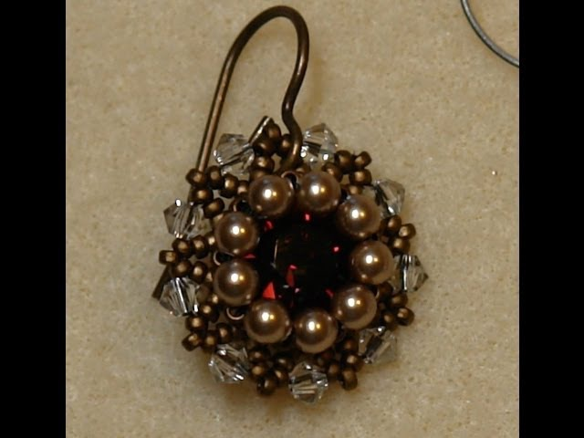 Sidonias handmade jewelry - Vintage Swarovski beaded earrings