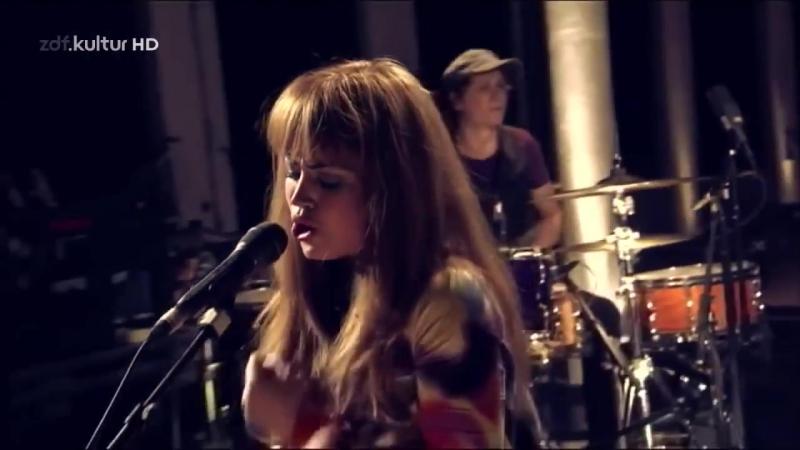 Aura Dione live mit dem Titel Geronimo in der Sendung Bauhaus bei ZDF Kultur HD