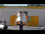 Елизавета и Анна Родина у ТК Лента в Колпино-Для Тебя