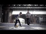 Робин ван Перси с сыном Шакилом — снялась в футбольном клипе!