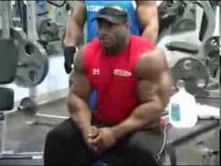 Профессиональный бодибилдер IFBB Декстер Джексон (Dexter Jackson)