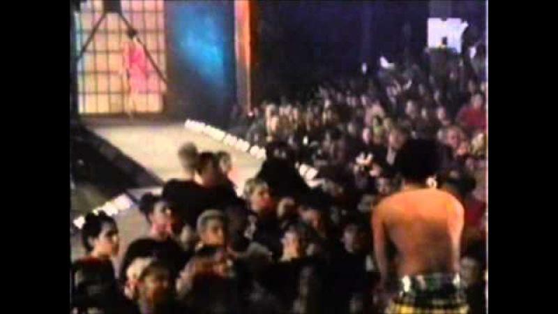 The Prodigy - MTVs Fashionably Loud 1997
