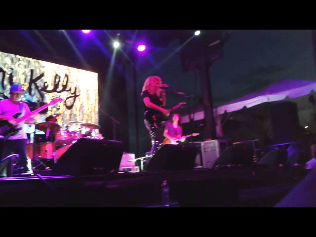 Tori Kelly Billboard Hot100 Fest - All In My Head, Dear No One, City Dove