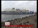 В київській акваторії Дніпра з'явився корабель привид