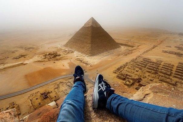 Русский метал-музыкант Валерий «Senmuth» Андросов арестован египетской полицией на вершине пирамиды Хафра