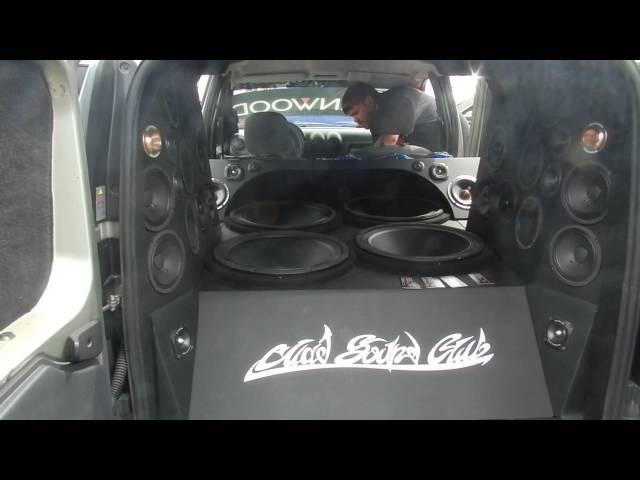 Автозвук 2013 (Набережные Челны), Лада Ларгус полный музыкальный фарш