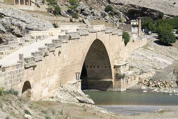 Мост Джендере