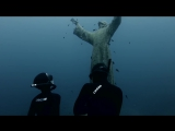 статуя Христа под водой