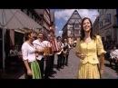 Oesch's die Dritten - Volksmusik ist international 2010