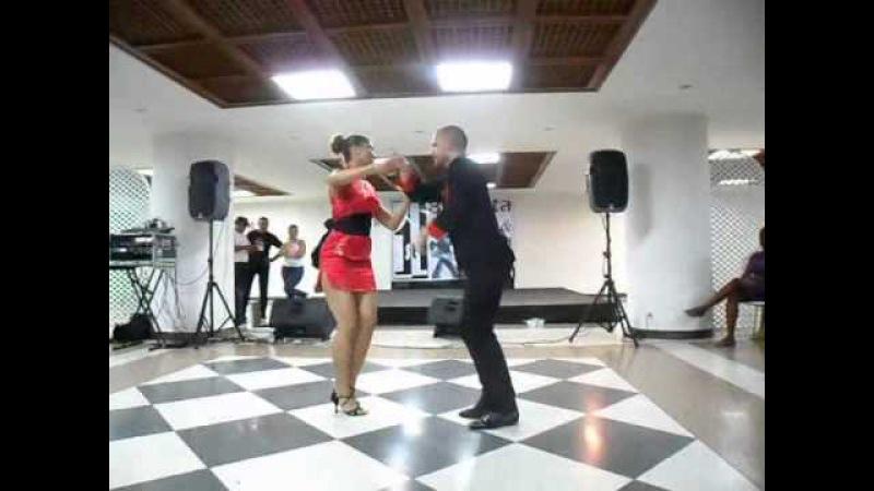 Ataca y La Alemana Show Bachata en Fukuoka en el 1er Bachata Salsa Tour Venezuela 2011