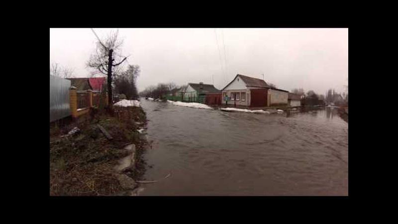 В Курске опять затопило улицу Прилужную Курскзатопиловодой
