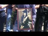 Евгению Давиташвили - знаменитую Джуну - похоронили на Ваганьковском кладбище в Москве - Первый канал