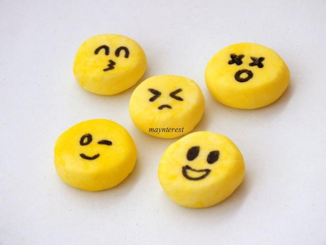 Cómo hacer GOMAS DE BORRAR o BORRADORES caseros - Emojis