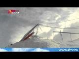 Французские спасатели вторые сутки прочесывают Альпы в поисках людей, попавших под сход лавины