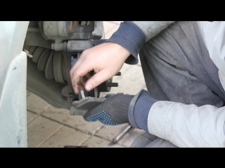 Замена тормозных колодок на Subaru Legacy