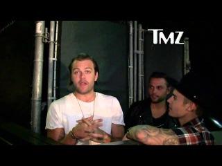 Justin Bieber & Joe Termini giving spotlight to pastor Joel Houston in Los Angeles - June 26, 2015