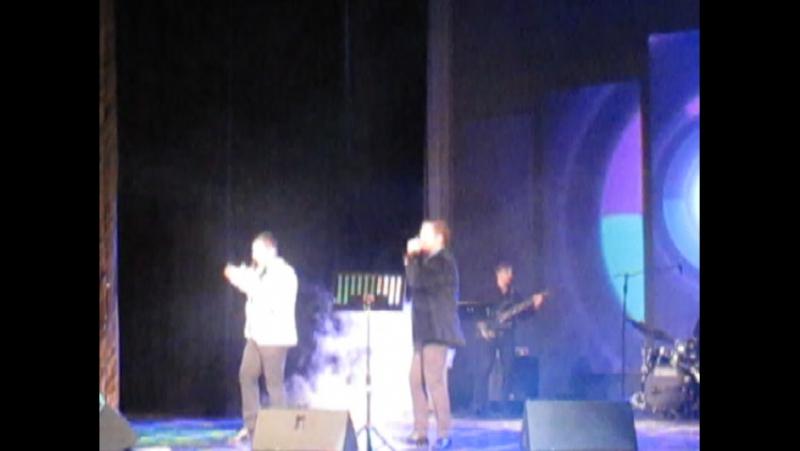 Большие сердца муз.О.Бражниковой,сл.О.Виор,исп. А.Аракелов,В.Мазуров