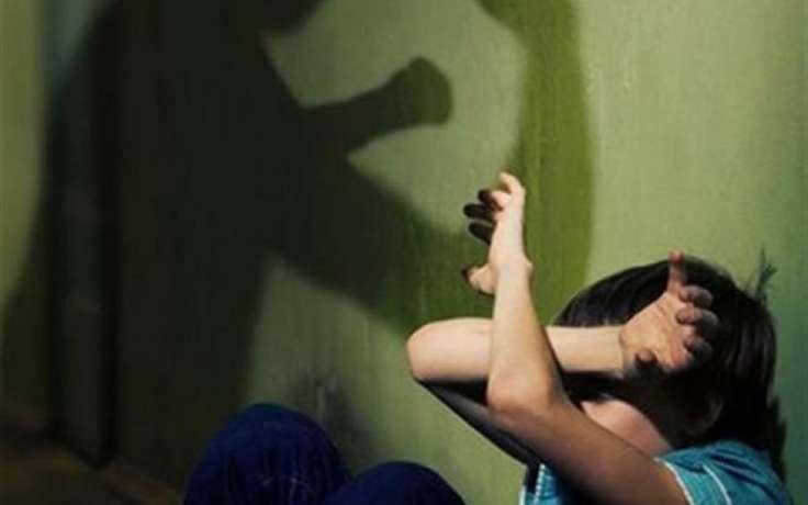 В Чурапче отец избил 8-летнего сына кочергой