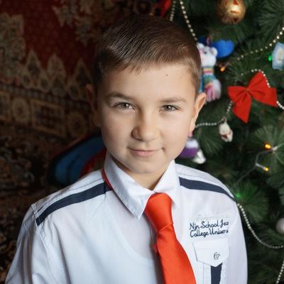 Олег Каденчук