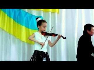 Константінова Діана, 8 років. Укр. нар. пісня *Сонце низенько*