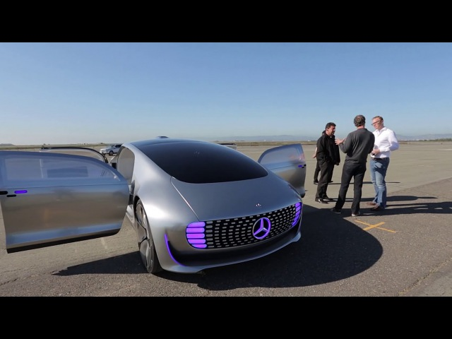 A driving experience of a different kind – the F 015 – Mercedes-Benz original