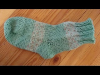 Как вязать носки на двух спицах. Без шва. How to knit socks on two needles.