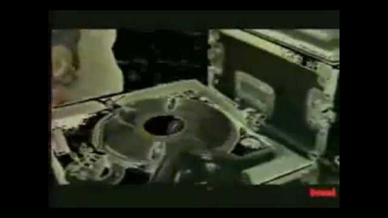 Pete Rock making beats on E-mu SP1200