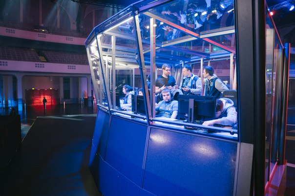 Vega Squadron, Evil Geniuses, CDEC Gaming, The Frankfurt Major 2015, PSG.LGD