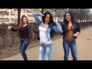 PPAP - Pen Pineapple Apple Pen / девчонки выделываются - Танцы.Сиськи