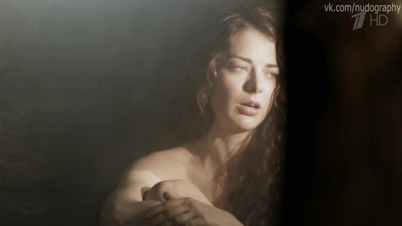 Секси Елена Ксенофонтова – Кухня (2012)