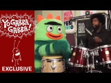 Brobee and Questlove rehearsing for the Nickelodeon Mega Music Fest