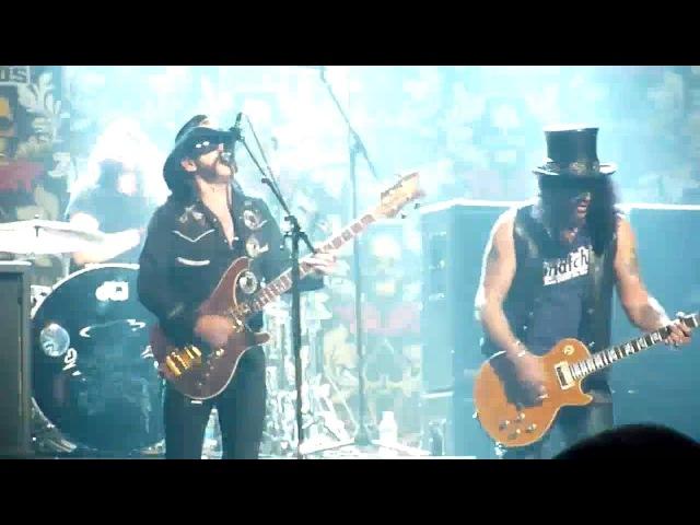 Slash, Lemmy Dave Grohl - Ace of Spades (Live) @ The Revolver Golden Gods Awards 2010