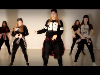 Dance\ nicki minaj\trini dem girls\naina\choreo