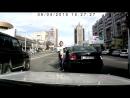Девушка на легковушке против автобуса на Гоголя