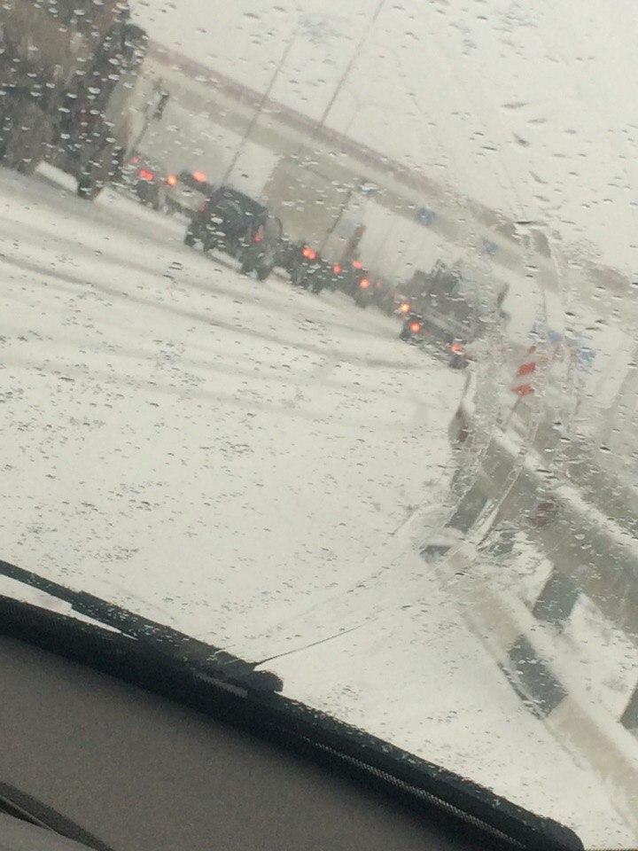 МВД РО: На трассе «Ростов-Таганрог» под Танаисом  столкнулось 11 автомобилей, двое пострадавших! ВИДЕО