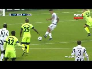 Погба снова отдает крутейшую передачу. В каждом матче последнее время француз радует такими штуками!