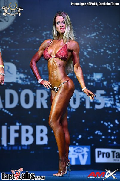 Aina Cesilie Wien - 35-летняя чемпионка мира 2015 в номинации бикини-мастера.