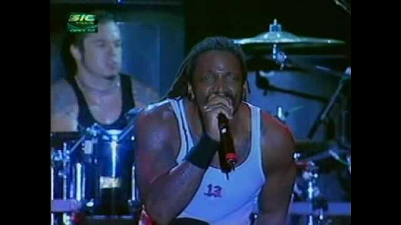 Sepultura - Roots Bloody Roots, Live in Portugal 2003