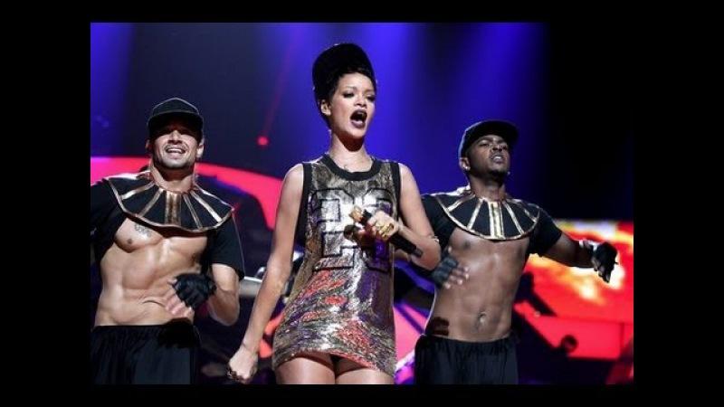 Rihanna We found love LIVE at Iheartradio Festival 2012 HD We found love directo 1080p