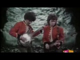 GARY MOORE AND PHIL LYNOTT - Out In The Fields
