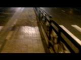 Шутейка в Старом Осколе  .. пешеходный переход через забор ..