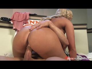 v-pryamo-efire-porno