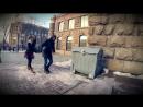 Трое неизвестных пронесли по улицам Киева труп