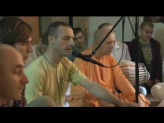 Бхаджан Харе Кришна - Е.М. Индрануджа прабху 04 ноября 2015 Hare Krishna Bhajan - EM Indranudzha Prabhu November 4, 2015