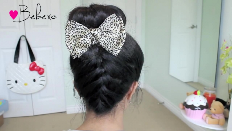 Upside Down French Braid Hair Bow Sock Bun Updo Hair Tutorial - Bebexo » Freewka.com - Смотреть онлайн в хорощем качестве