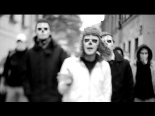 Monty - Нас замыкали берега (OST  Околофутбола)*Ахуенный клип