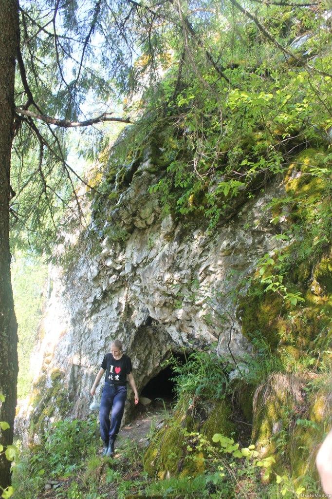 Пещера на реке Шишим