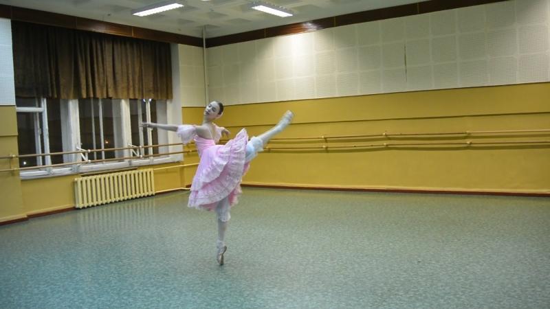 Танец куклы из балета Щелкунчик Вика Концерт для родителей 28 12 2015